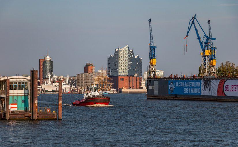 Factoring in Hamburg